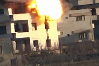 Момент взрыва с видеозаписи, которую обнародовала «Свободная сирийская армия»