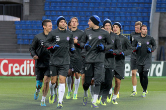 Футболисты «Аустрии» готовятся к матчу с «Зенитом» на стадионе «Петровский»