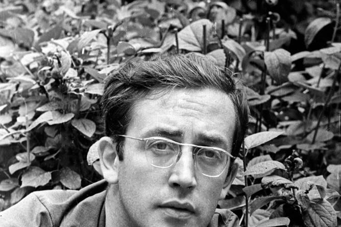 В конце 60-х Ливанов окончил курсы при Госкино и несколько лет проработал режиссером на «Союзмультфильме». Он снял «Синюю птицу» и «По следам бременских музыкантов» — продолжение популярного мультфильма