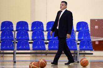 Тренер мужской сборной России Евгений Пашутин.