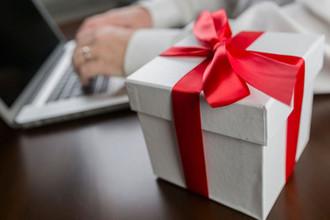 «Лазейка осталась»: у чиновников отобрали подарки