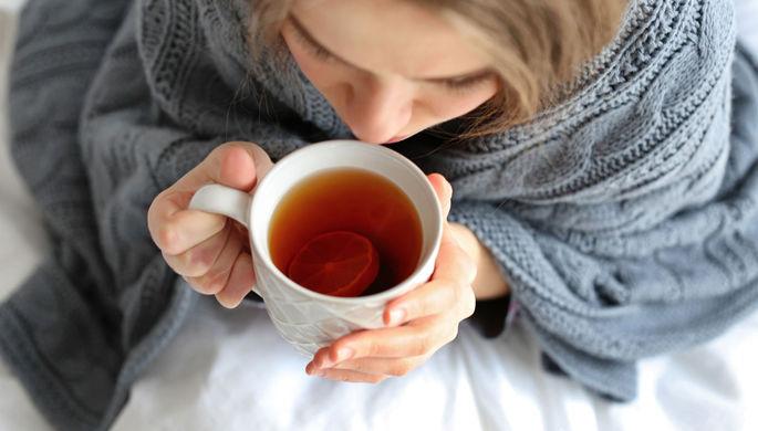 Спать на животе и много пить: врач дала советы больным COVID-19