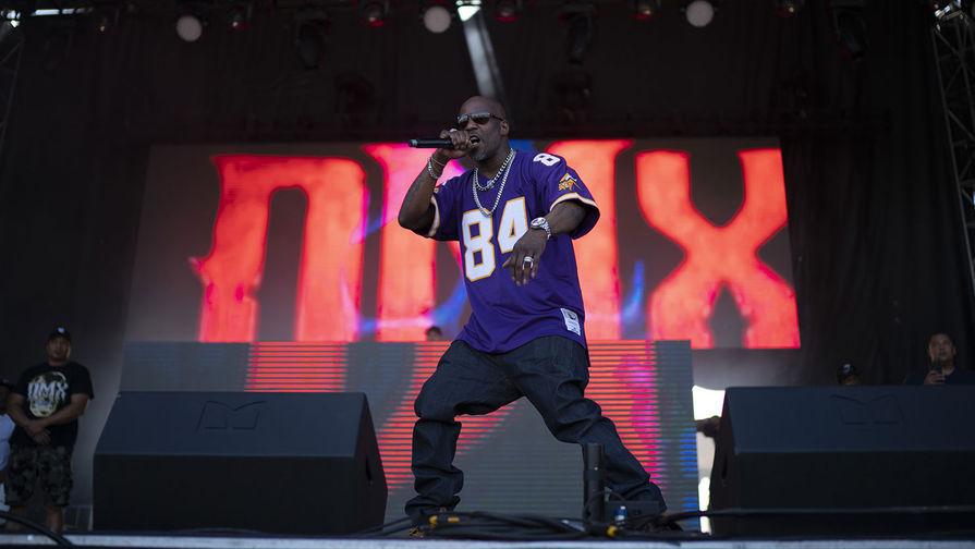 Рэпер DMX во время выступления, 2019 год