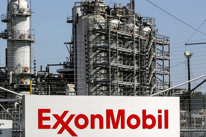ExxonMobil получит 7 из 12 участков на шельфе, лицензии на освоение которых были выданы «Роснефти»