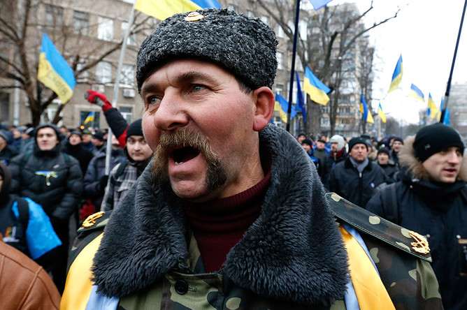 Руины и черная зрада: украинцам объяснили, почему им не видать родного языка