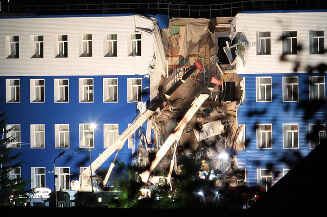 В учебном центре ВДВ под Омском обрушилась крыша