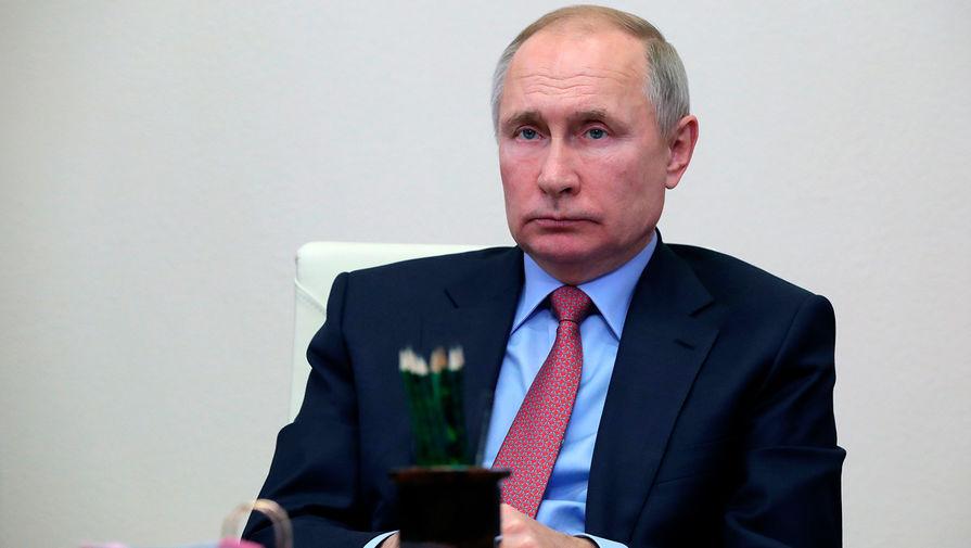 Путин назвал «чушью» данные о намерении России продать Ирану спутниковую систему