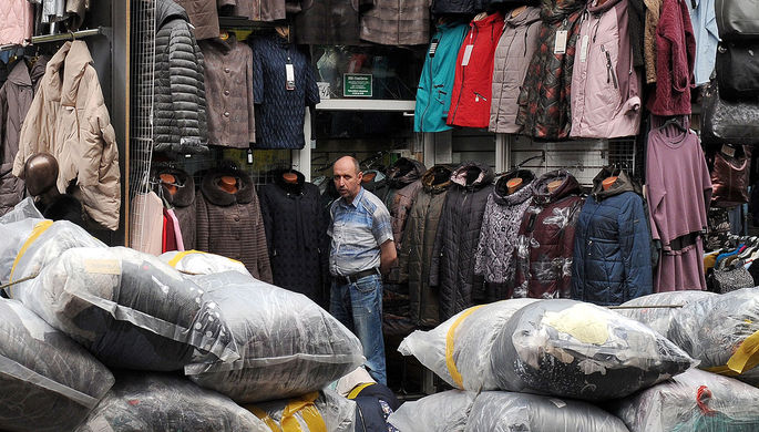 Борьба с теневым оборотом: в России ужесточат правила торговли на рынках