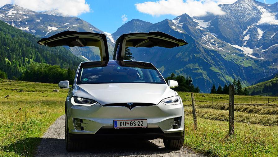 Tesla взломали с помощью беспилотника и Wi-Fi