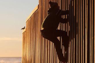 Американо-мексиканская стена, 2018 год