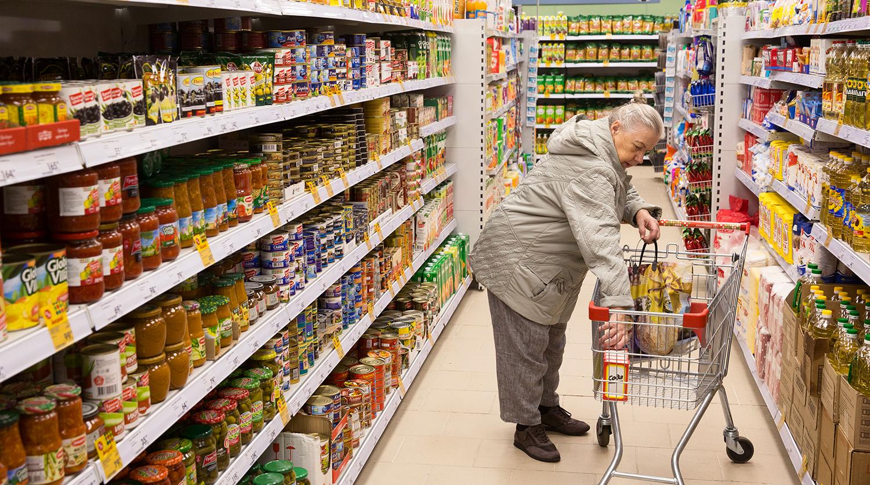 В магазинах России станет меньше ценников