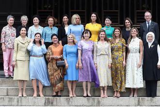 Партнеры мировых лидеров на саммите G20 в Японии, 28 июня 2019 года