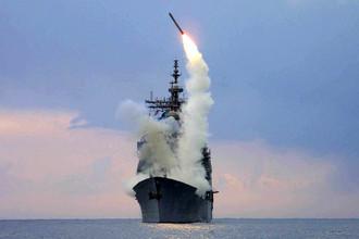 Запуск ракеты «Томагавк» с ракетного крейсера Cape St. George