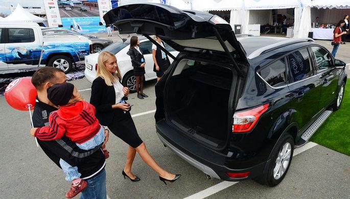 Россияне подсели на автомобили
