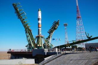 Ракета-носитель «Союз-2.1а» с транспортным грузовым кораблем «Прогресс МС-11» на стартовой площадке космодрома Байконур, 1 апреля 2019 года