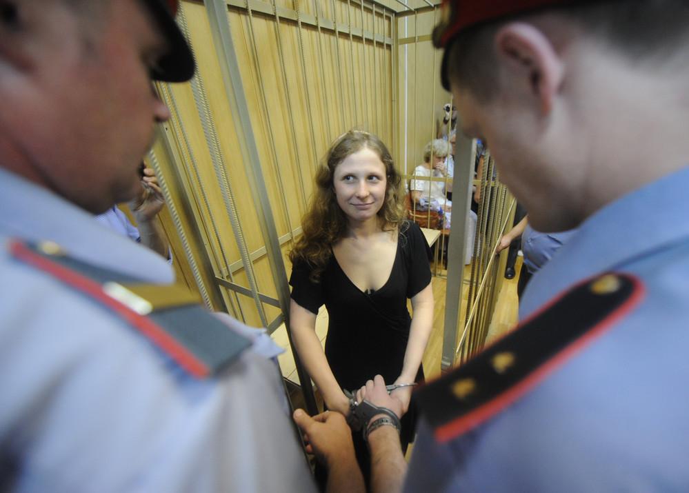 Слон и моська: The Times – о «женщине, которая бросила вызов Путину»