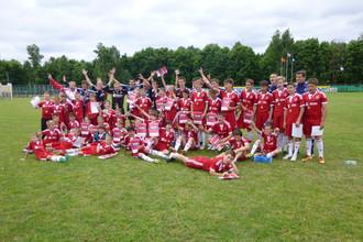 Юных футболистов из России и Абхазии привезли в лагерь «Аякса»