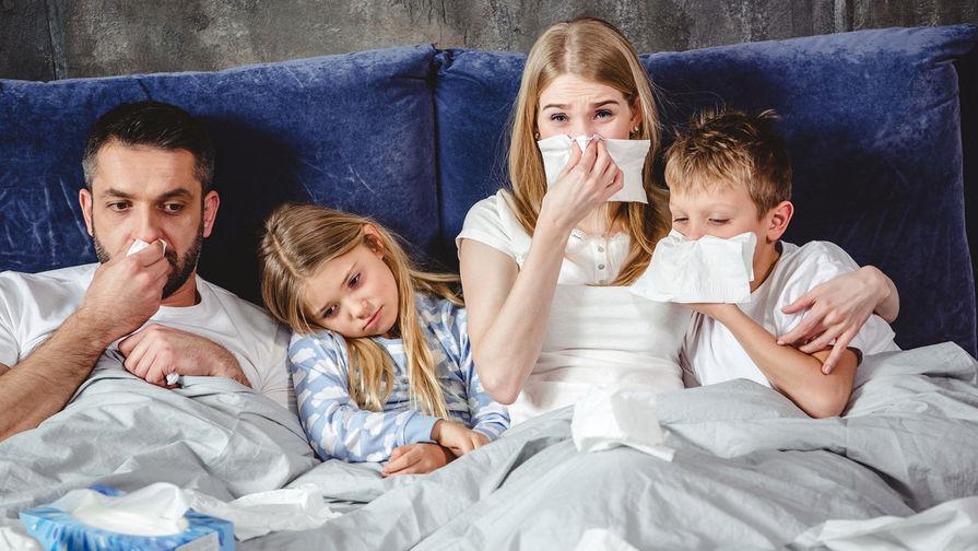 В РАН назвали срок возможного появления симбиоза COVID-19 и гриппа