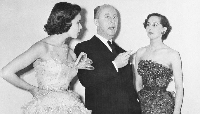Кристиан Диор с моделями, 1950 год