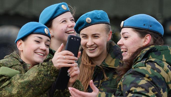 «Очередная дурилка»: для российских военных создадут безопасный смартфон