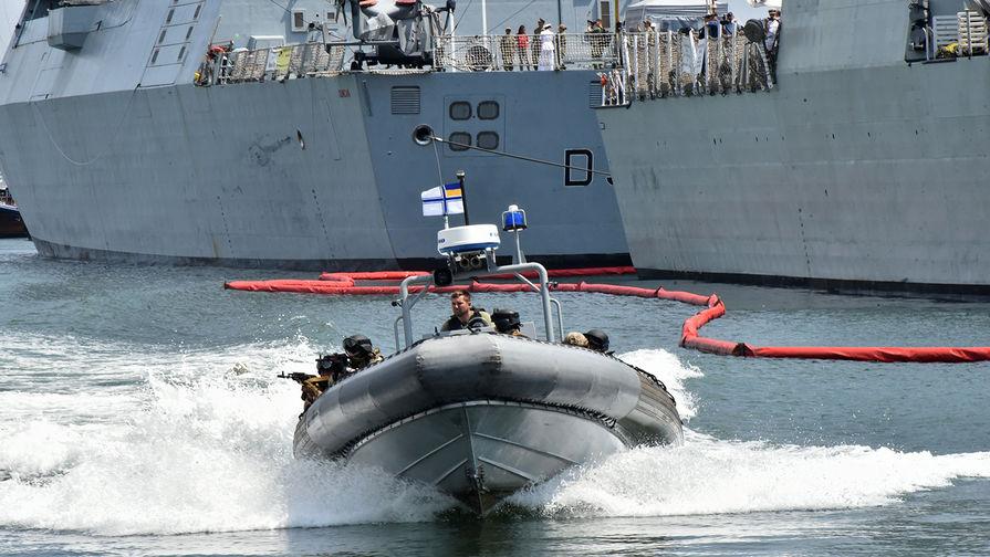«Бонус для Украины от НАТО»: в Черном море начались учения Sea Breeze 2021