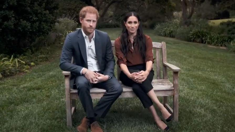 Принца Гарри и Меган Маркл отчитали за вмешательство в политику