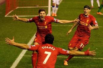 Капитан «Ливерпуля» Стивен Джеррард повел команду к победе над «Эвертоном» в мерсисайдском дерби