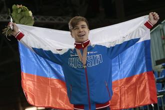 Семен Елистратов стал первым чемпионом мира по шорт-треку, родившимся в России