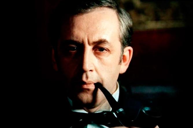 Гениальный сыщик Шерлок Холмс в исполнении Ливанова — одно из лучших киновоплощений героя Конан Дойла