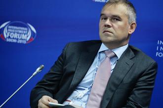 Зампредседателя Центробанка Василий Поздышев на инвестфоруме в Сочи, 2015 год
