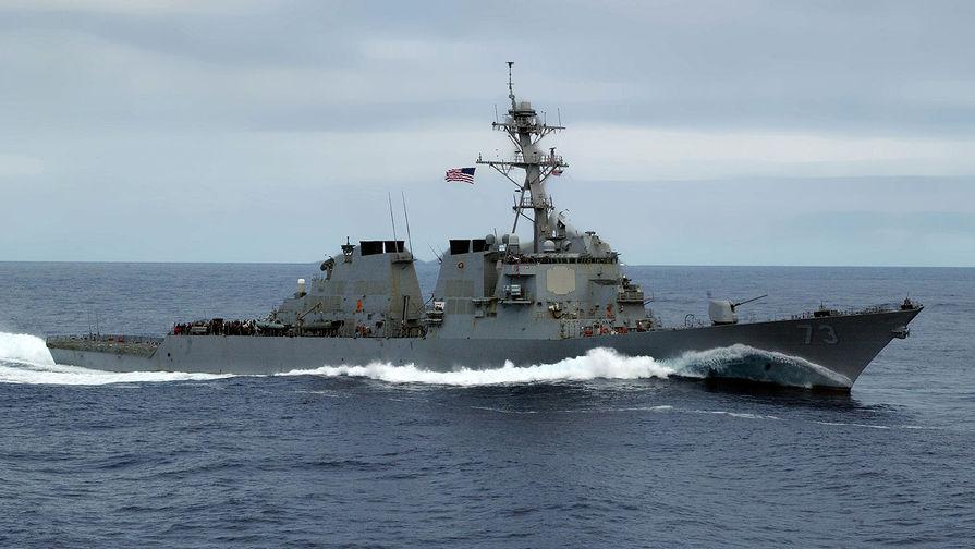 Силы ЧФ организовали слежение за эсминцем США в Черном море