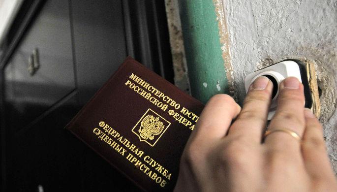 В Томске мужчина скрывался от приставов в гараже с сауной