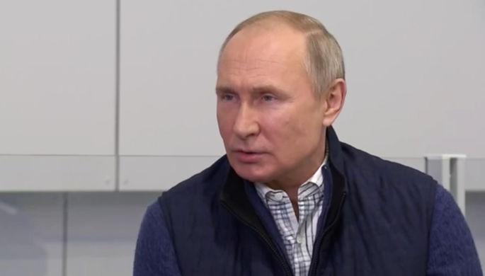 Президент России Владимир Путин во время интервью телеканалу «Россия 24» (кадр из видео)