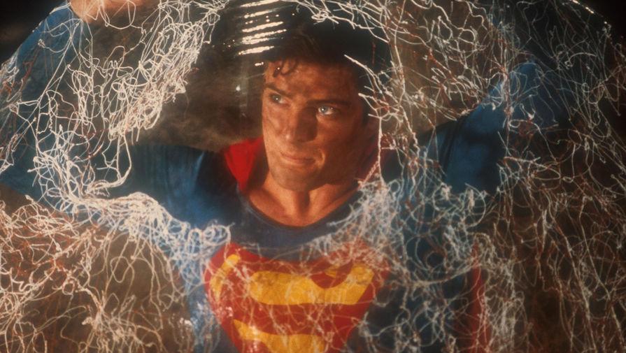 Кадр из фильма «Супермен 2» (1980)