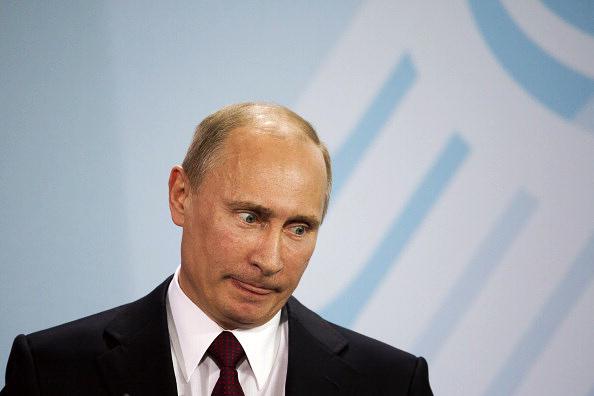 Путину не доверяют 6 из 10 американцев