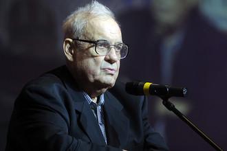 Кинорежиссер Эльдар Рязанов поставил свою подпись под обращением российской интеллигенции против новой «холодной войны»