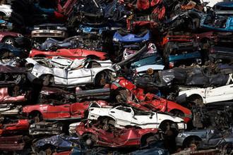 Достигли предела: в Госдуме предложили запретить старые авто