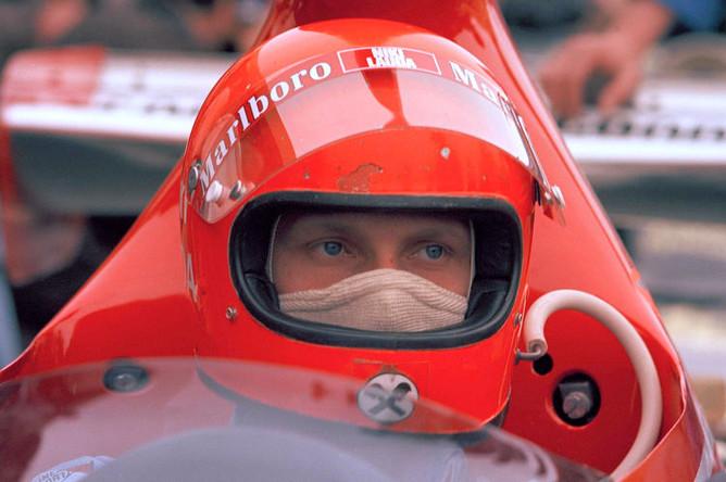 Ники Лауда за рулем Ferrari 312 B3 во время Гран-при Аргентины, 1975 год