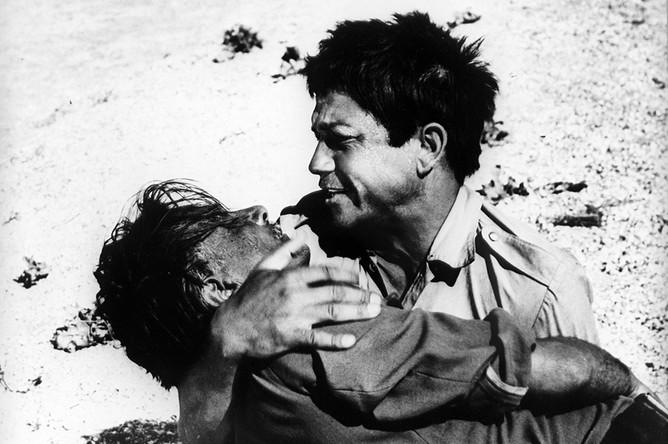 Актер Михай Волонтир (роль Адама) в кадре из художественного фильма «Это мгновение» (1969, режиссер Эмиль Лотяну, киностудия «Молдова-фильм»)