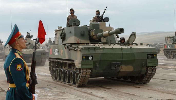 Самоходная артиллерийская установка (САУ) PLZ-07 армии КНР на забайкальском полигоне «Цугол» во время российско-китайских учений