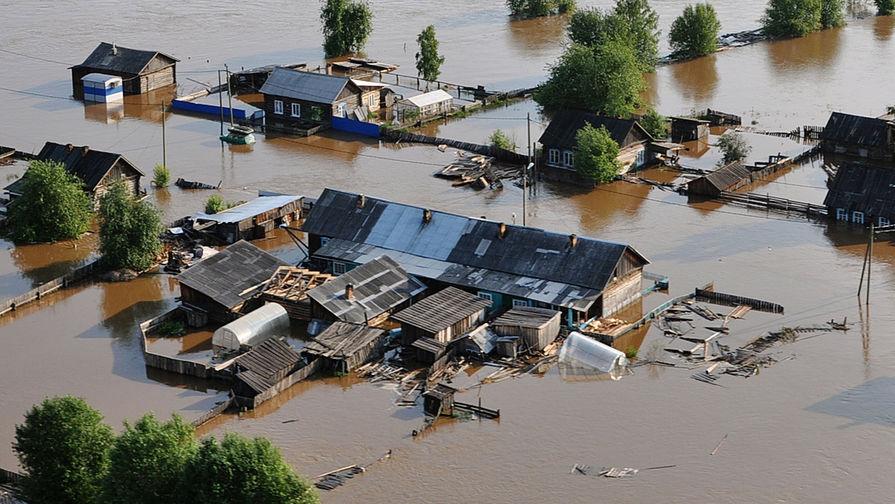 Вода и продукты подорожали во время паводков в России