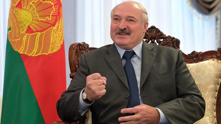 Лукашенко устроил субботник в Чернобыльской зоне