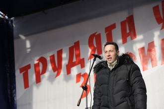 Игорь Холманских в конце 2011г. пообещал «с мужиками» разогнать митинги оппозиции
