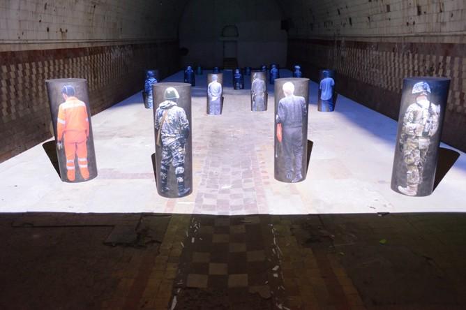 В Большом винохранилище — специально созданная для этого пространства инсталляция «Рай» Ирины Наховой