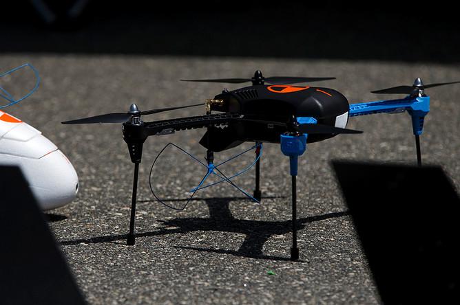 Квадрокоптер 3D Robotics IRIS+ на военно-морской базе Вентура-Каунти в США
