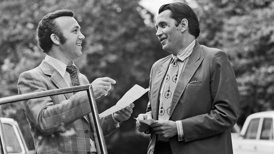 Иосиф Кобзон и Роберт Рождественский, 1975 год