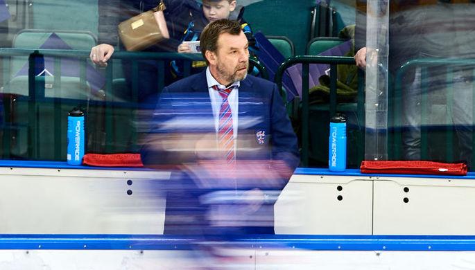 Главный тренер СКА Олег Знарок