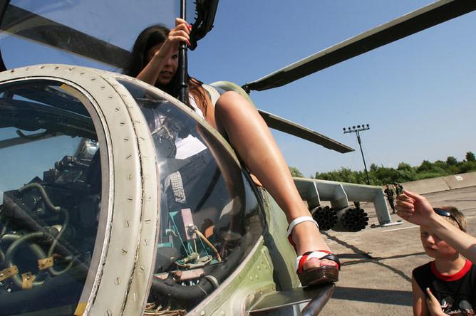 Проститутку вертолетом фото проституток белорусских