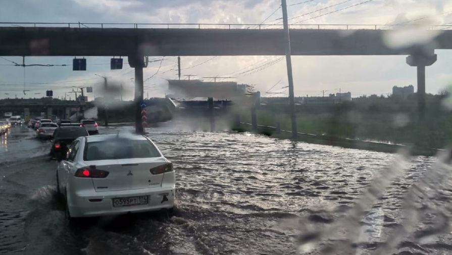 Челябинск затопило из-за сильных ливней