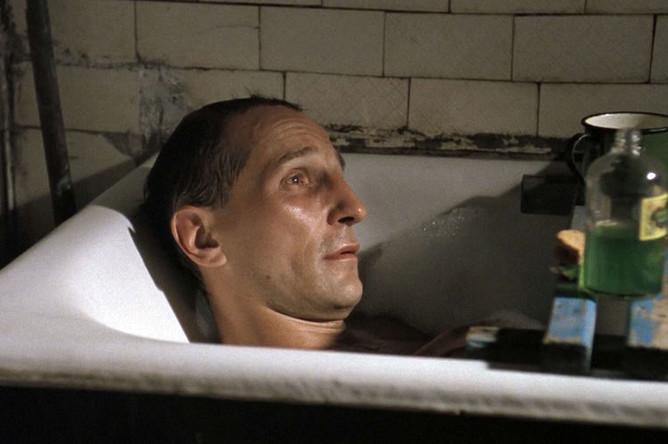 Кадр из фильма «Такси-блюз» (1990)